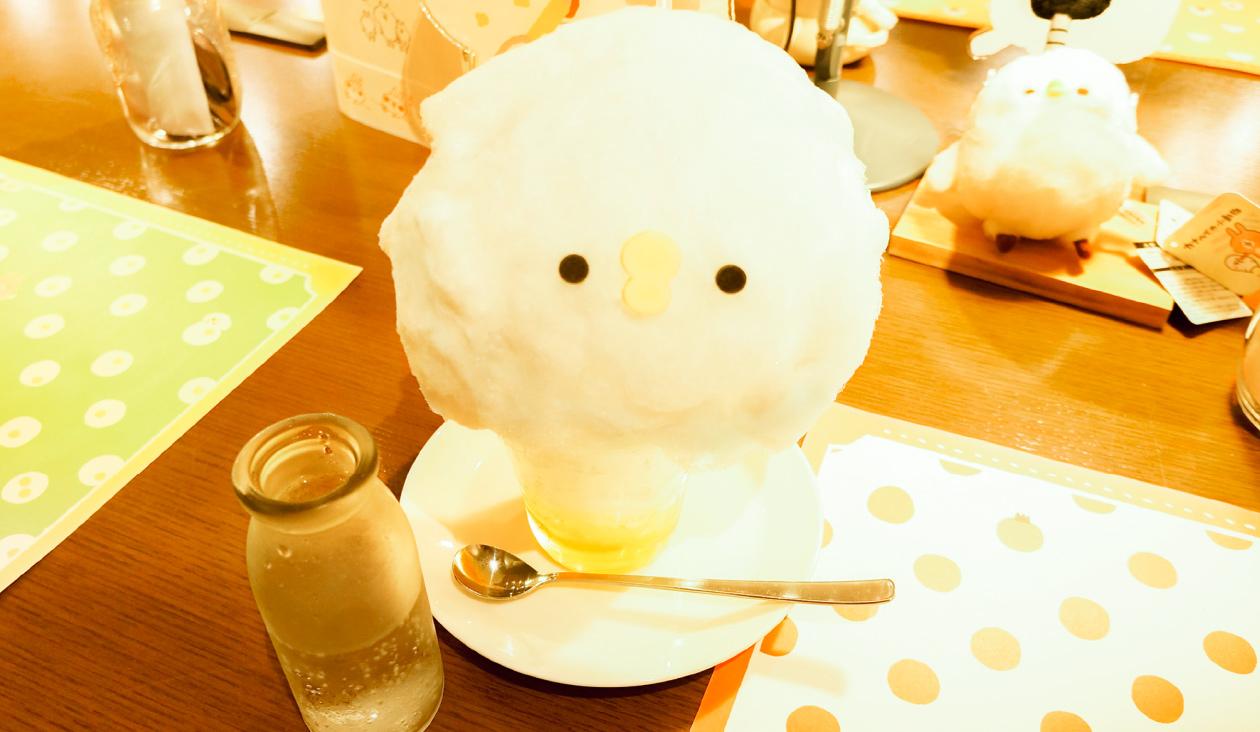 【カナヘイのゆるっとカフェ ~ グルメレポート篇 ~】ピスケのふわふわ初恋綿菓子ソーダ ~ふうせんつき~ ¥880